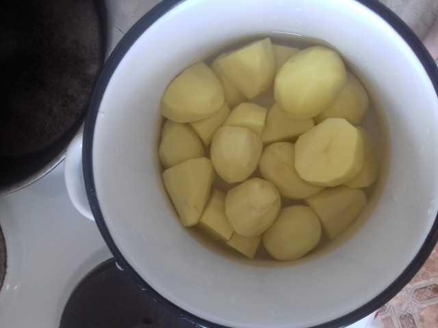 Продам: Картофель крупный желтый рассыпчатый