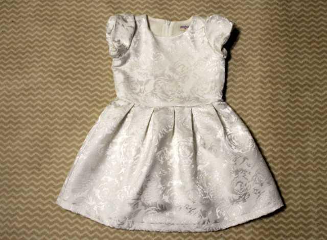 Продам: Нарядное платье для девочки, 98 размер