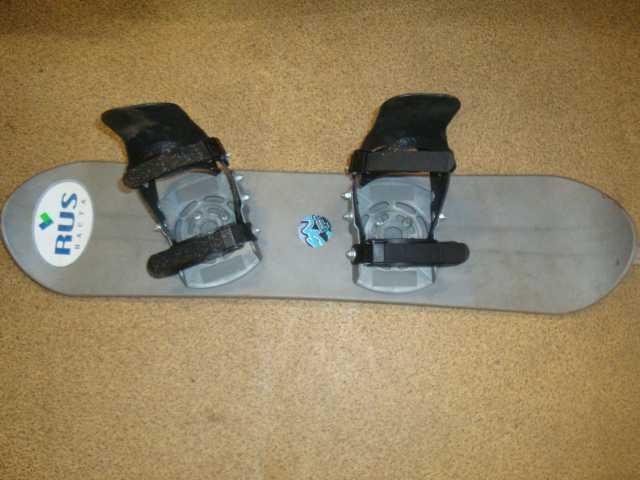 Продам: Детский сноуборд rus hacta с крепами