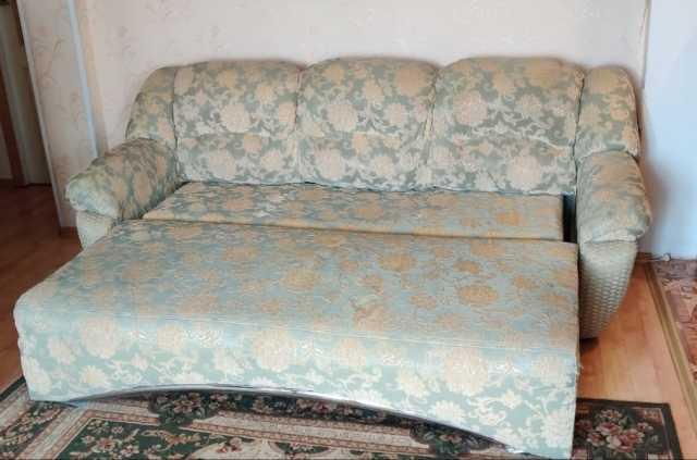 Продам: Хороший диван