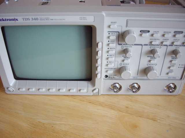 Продам: Цифровой Осциллограф Tektronix TDS-340