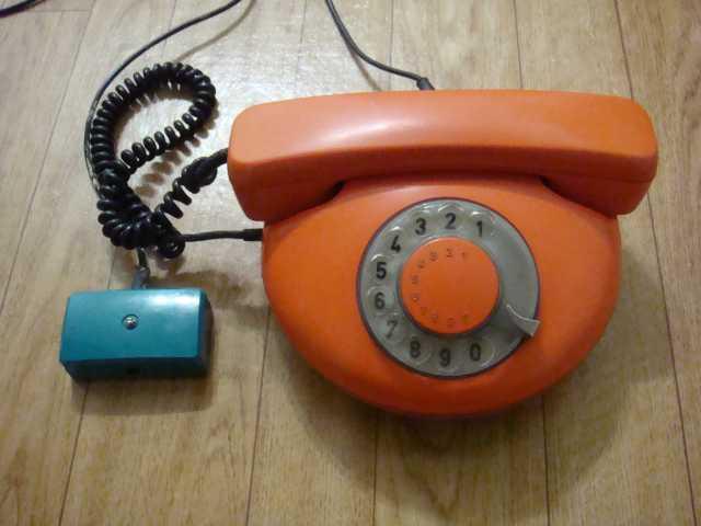 Продам Телефон дисковый Tesla Чехословакия