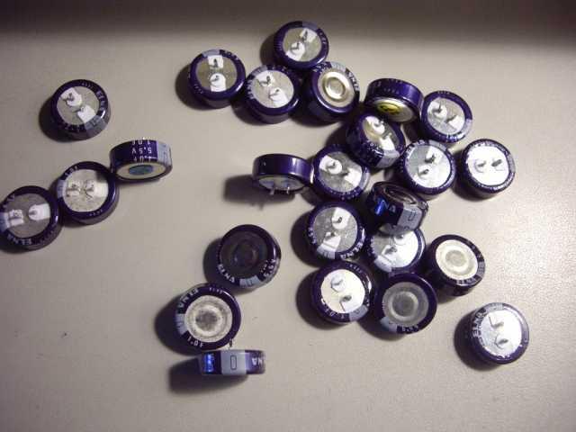 Продам: Нужные конденсаторы ELNA 1Ф, 5.5 Вольт