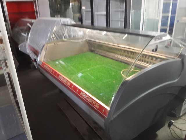 Продам Холодильная витрина Айсберг 1.7 м