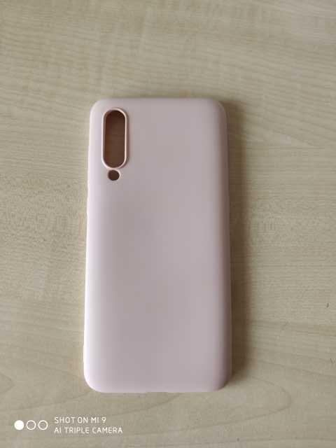 Продам: Чехол для Xiaomi Mi 9 (жидкая кожа)