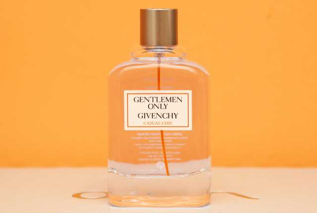 Продам: Givenchy Gentlemen Only Casual Chic