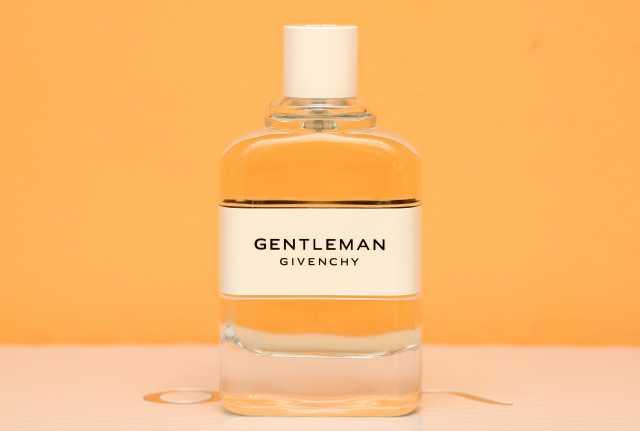 Продам: Givenchy Gentlemen Cologne