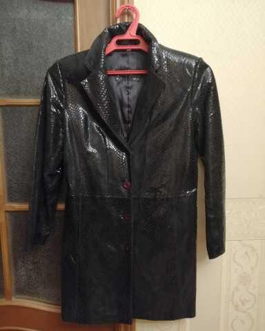 Продам: Плащ-куртка из лазерной кожи