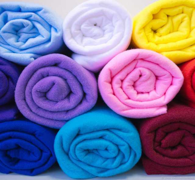 Продам Ткань в рулонах или частями
