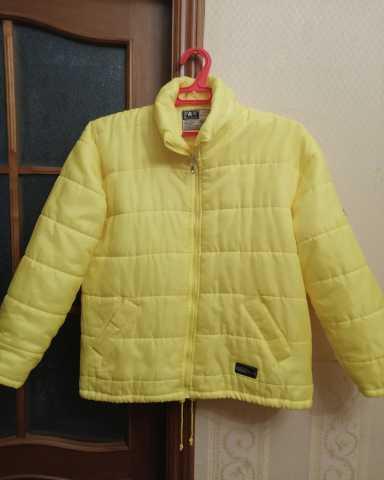Продам: Куртка на весну, осень