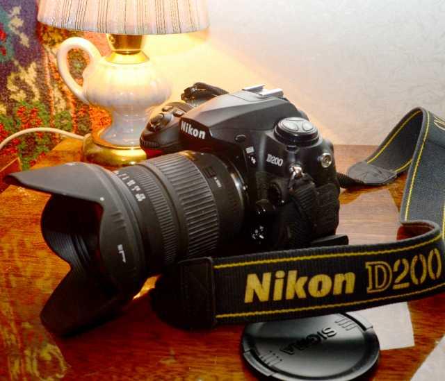 Продам: Фотоаппарат NIKON D200 c зум обьективом