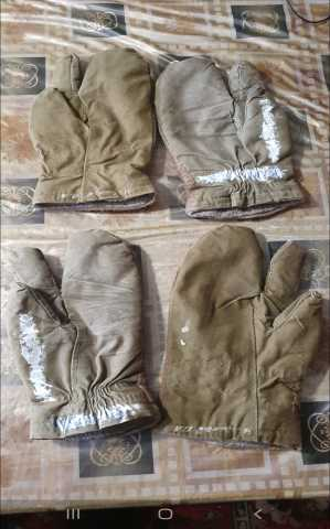 Продам рукавицы армейские 2 пары