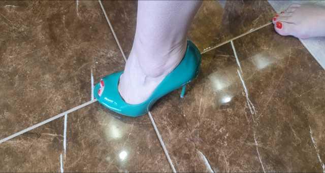 Продам туфли женские Centro зелёные