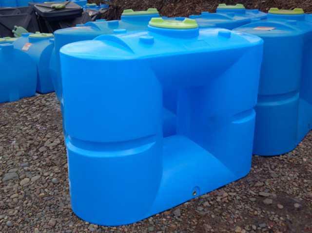 Продам: Пластиковые емкости для воды (баки)
