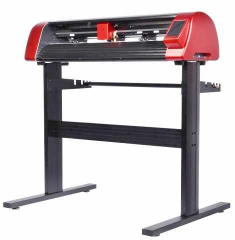 Продам: Режущий плоттер 1300