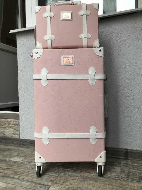 Продам Продам винтажный чемодан и сумку