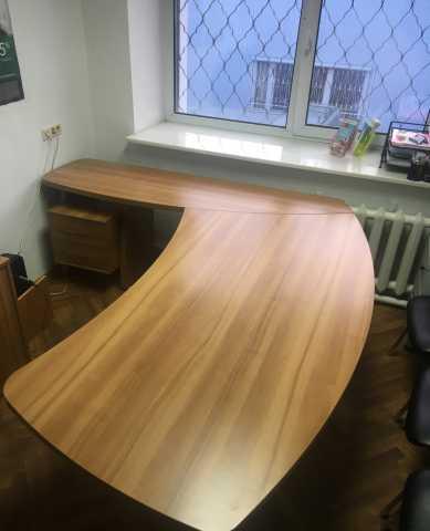 Продам: стол руководителя