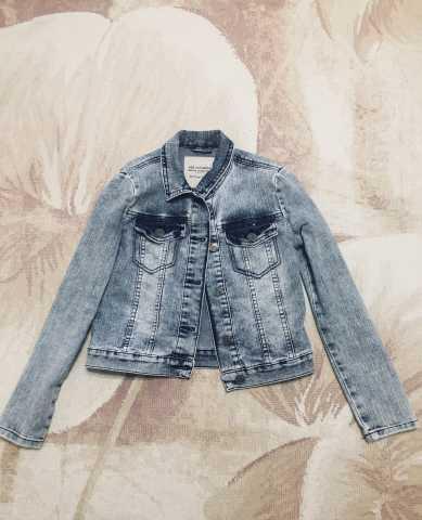 Продам: Куртка джинсовая Jee Jay