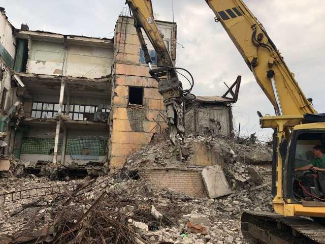 Предложение: Демонтаж зданий и помещений