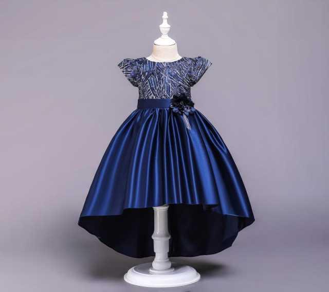 Продам: Новое бальное платье с пышной юбкой