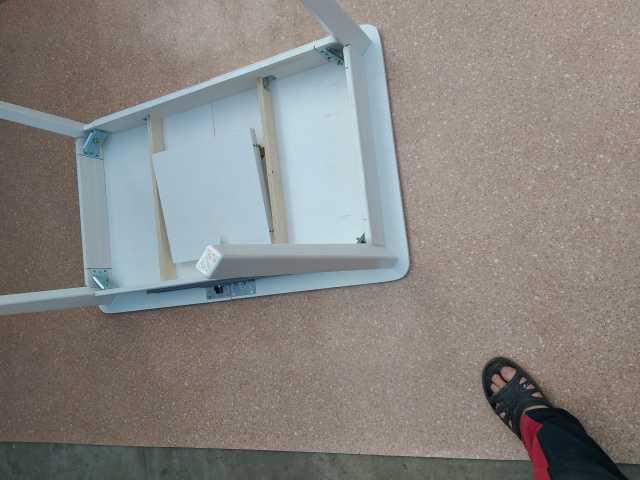 Продам: Стол раздвижной массив сосны