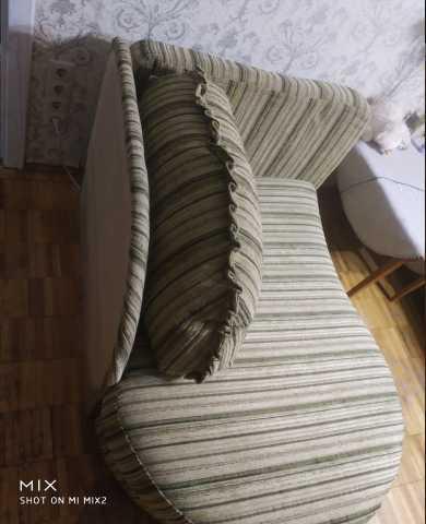 Продам Раздвижной лёгкий диванчик