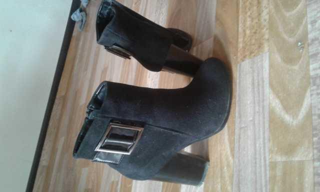 Продам Ботинки жен, туфли