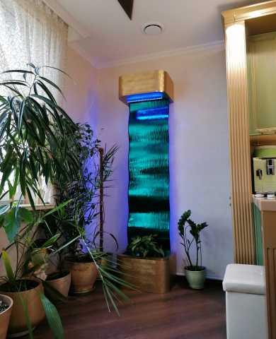 Продам: Водопад по гнутому стеклу