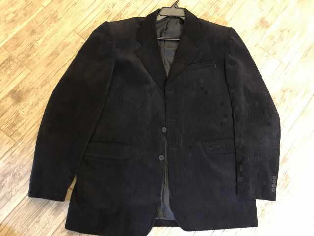 Продам: Пиджак мужской виллюровый