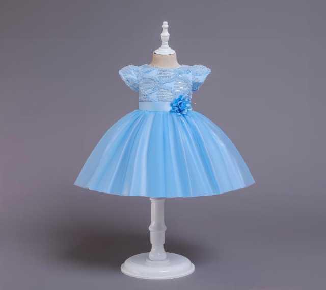 Продам Новое праздничное платье для девочки