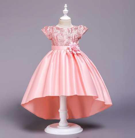 Продам: Новое бальное платье для девочки