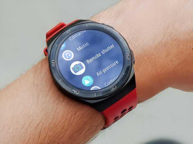 Продам Huawei SmartWatch GT2e