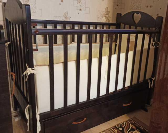Продам: Кроватку