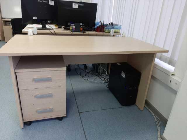 Продам: Продаем офисную мебель