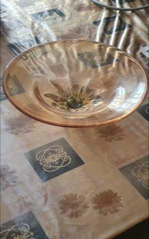 Продам ваза Чехословакцое стекло. диаметр 19 см