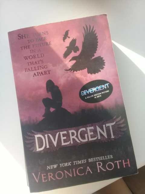 Продам: Divergent