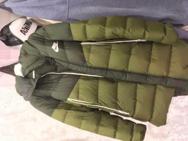 Продам Куртка-парку Nike