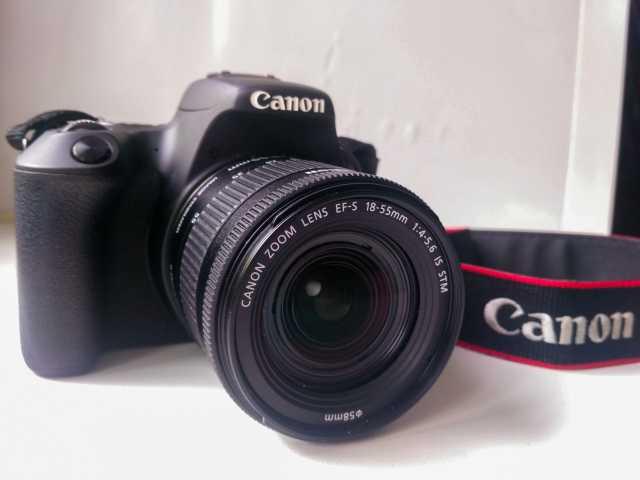 Продам: Canon EOS 200D + Гарантия + Сумка