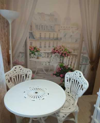 "Продам: комплект мебели ""Тюльпан""(стол+3 стула)"