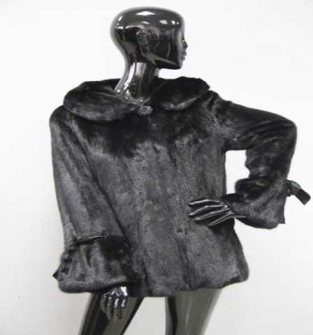 Продам: Шуба из меха норки с капюшоном