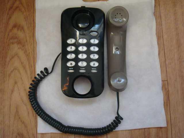 Продам Телефон стационарный настенный