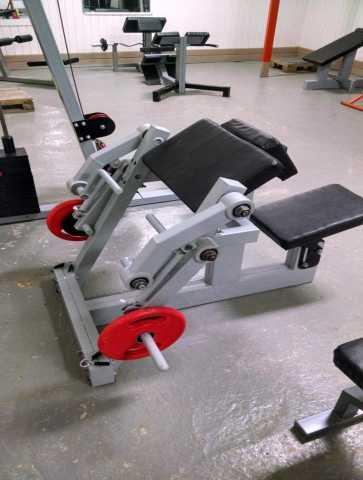 Продам: Тренажер Бицепс машина на свободных веса