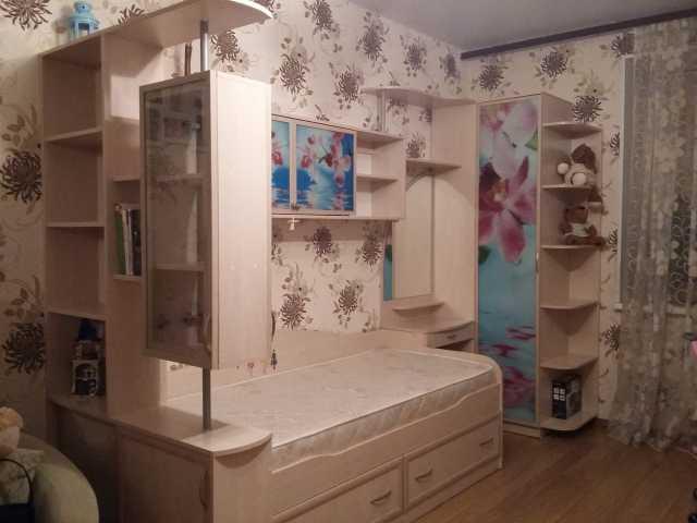 Продам: Детский мебельный гарнитур