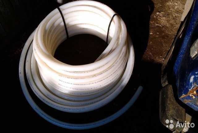 Продам: Труба водопроводная rehau rautitan his 3
