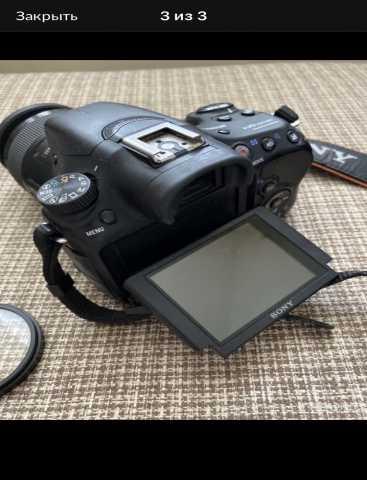 Продам: Зеркальный фотоаппарат