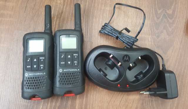 Продам: Motorola tlkr Т60