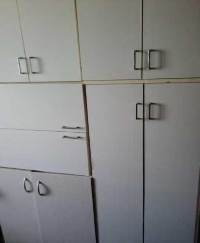Продам: Кухонные шкафы