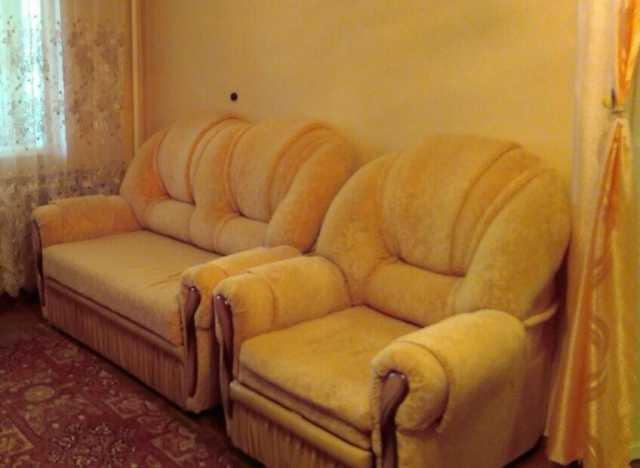 Продам: Диван и кресло