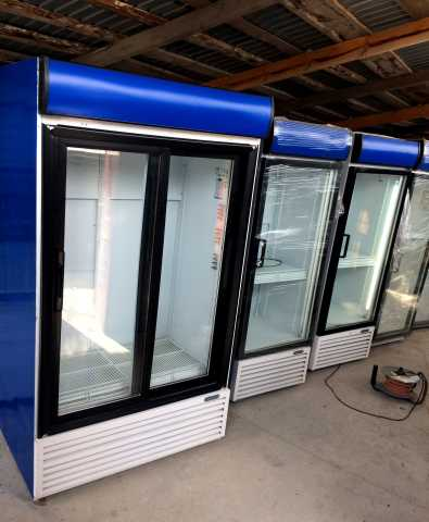 Продам: Холодильный шкаф Frigorex FV1100 White c