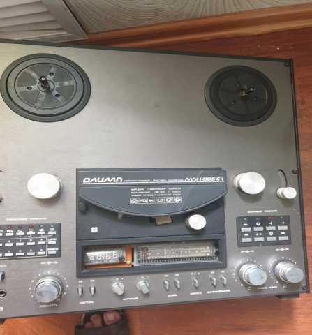 Продам: Катушечный магнитофон. Раритет
